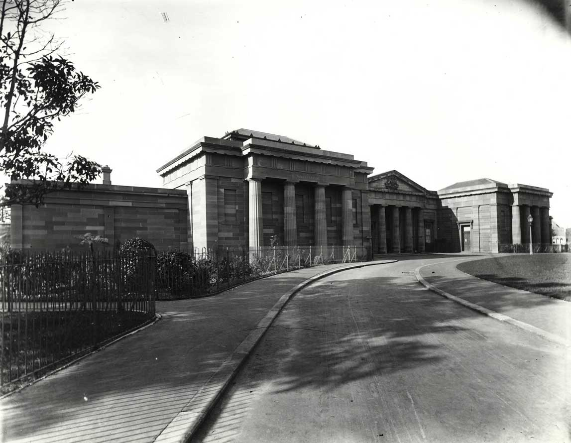 Darlinghurst courthouse. Photo ID: SRNSW 4481_a026_ 000358.jpg