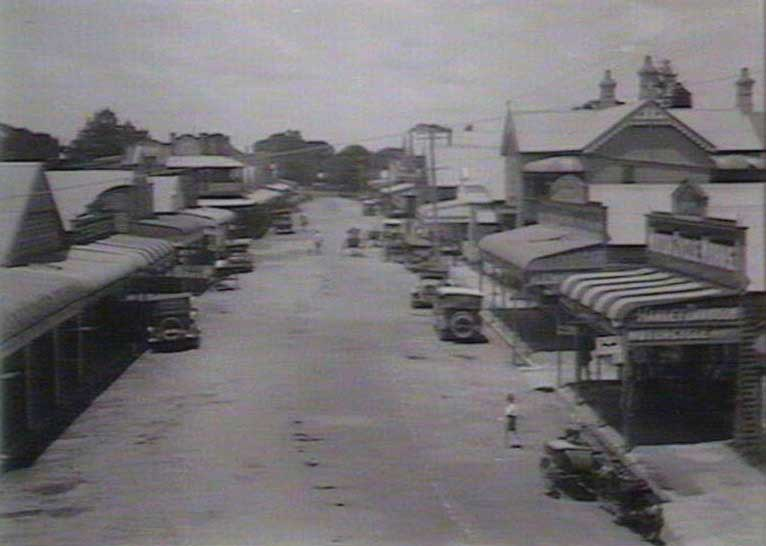 River Street, Maclean, Jan 1926. Image: NSW State Library collection. Reproduction: Peter de Waal