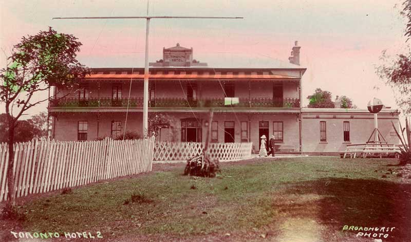 Toronto Hotel, c. 1911-1915. Image: NSW State Library collection. Reproduction: Peter de Waal